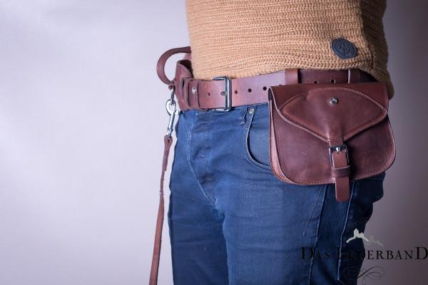 Das Lederband Jachtriem met D-Ring en Tas, Mocca